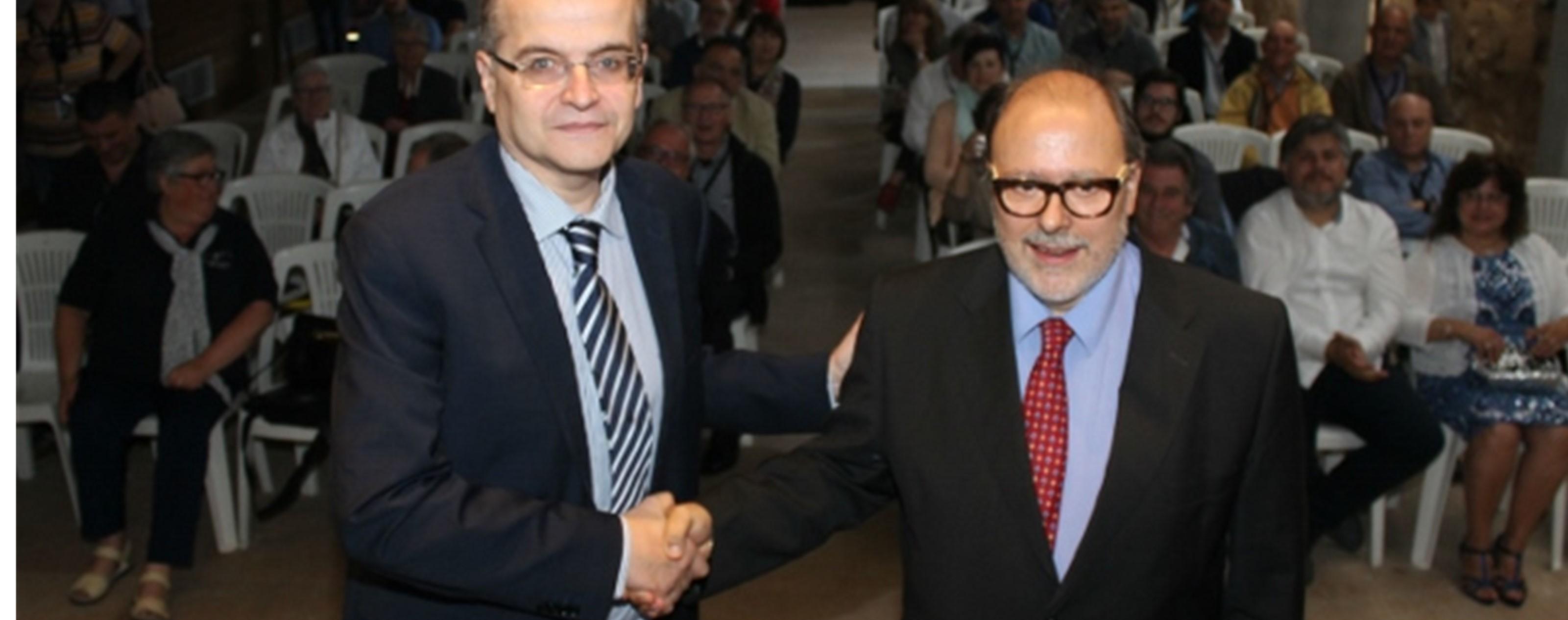 Francesc Fàbregas relleva Carles Ayats en la presidència de l'ACPC